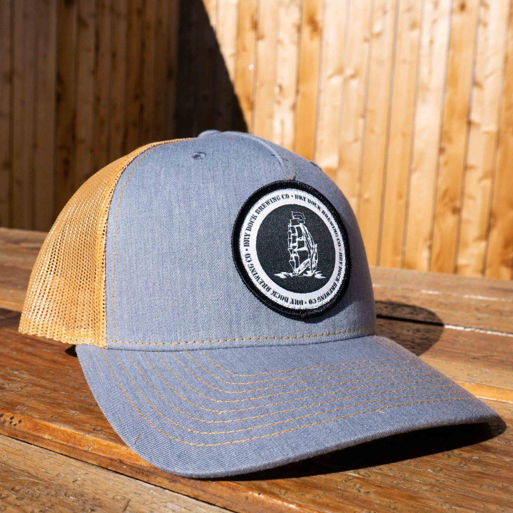 Trucker Hat Gray/Yellow